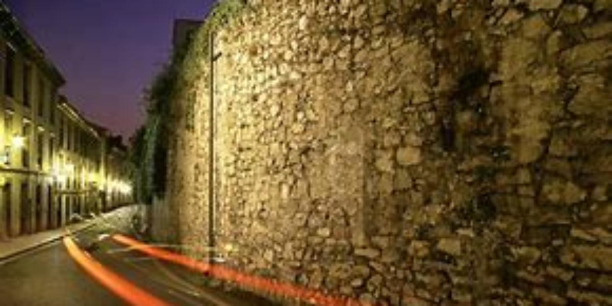 Oviedo saca a licitación las obras de intervención en su muralla medieval