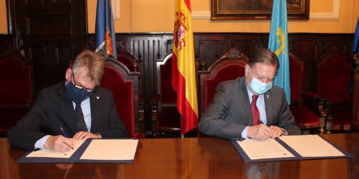 El Colegio renueva el convenio vigente con el Ayuntamiento de Oviedo para el reconocimiento de nuestros profesionales en los procedimientos administrativos